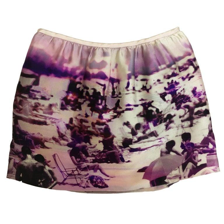 Prada beach tropical print show piece skirt ss 2010 collection.  Side zip opening, silk 69% polyester 31% Size : 38 Waist : 69 cm Length : 36 cm
