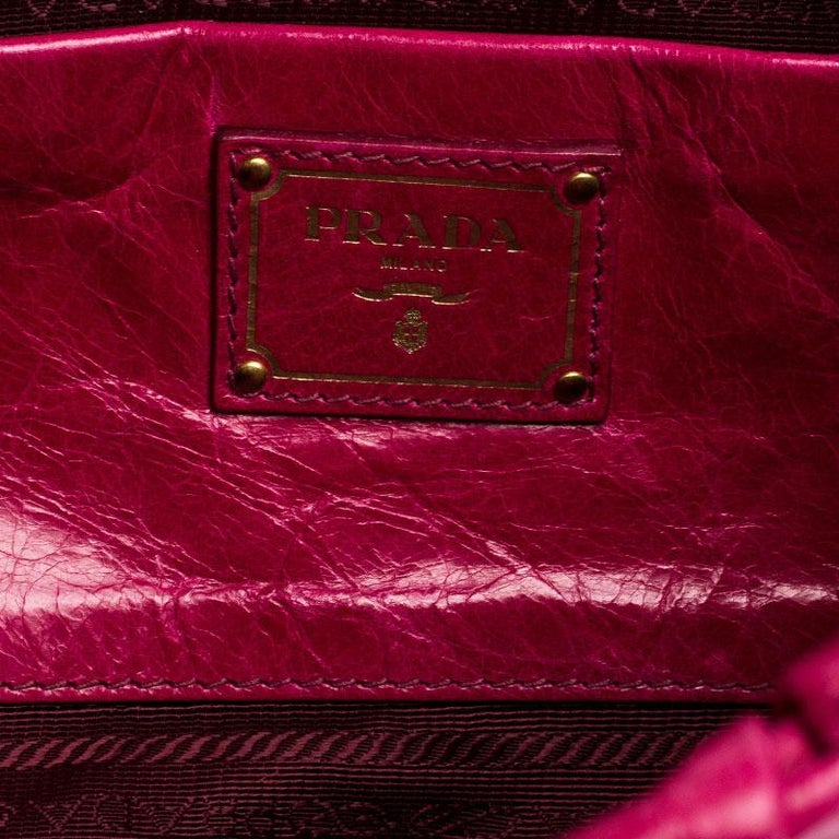 Prada Pink Gathered Leather Clutch For Sale 6