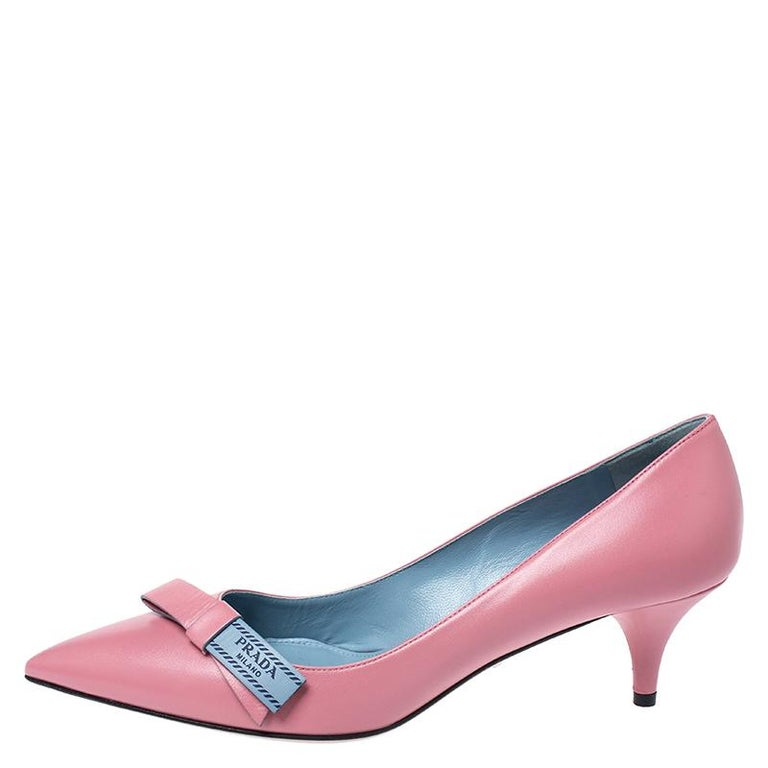 Prada Pink Leather Bow Detail Pointed Toe Pumps Size 39.5 For Sale 1