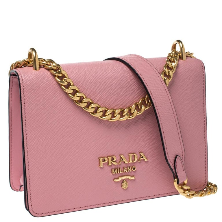 Prada Pink Leather Pattina Shoulder Bag In Excellent Condition For Sale In Dubai, Al Qouz 2