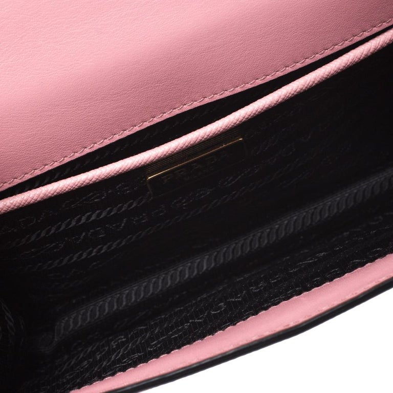 Prada Pink Leather Pattina Shoulder Bag For Sale 3