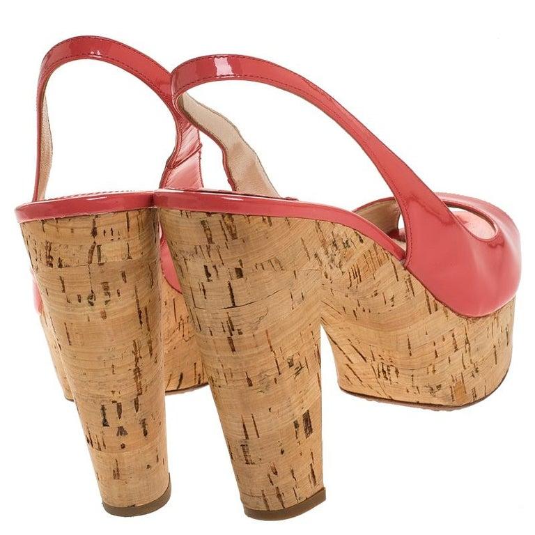 Prada Pink Patent Leather Cork Platform Slingback Sandals Size 36 In Good Condition For Sale In Dubai, Al Qouz 2