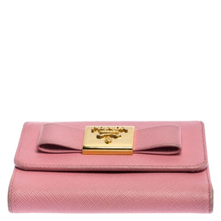 Women's Prada Pink Saffiano Leather Bow Flap Trifold Wallet For Sale