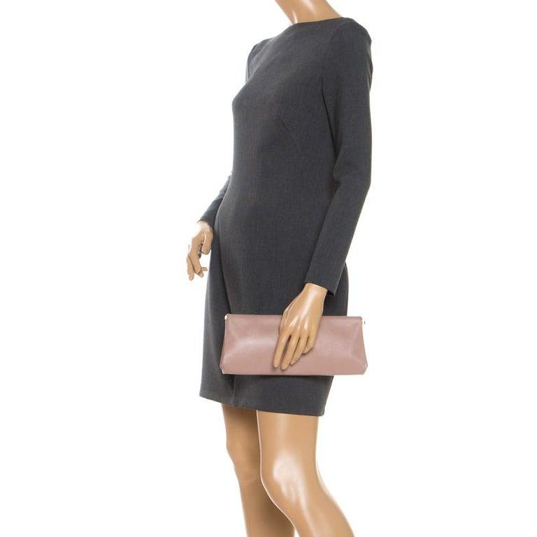 Prada Pink Saffiano Leather East-West Frame Clutch In Good Condition For Sale In Dubai, Al Qouz 2