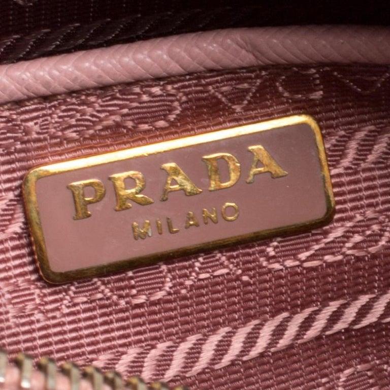 Prada Pink Saffiano Lux Leather Camera Crossbody Bag For Sale 4