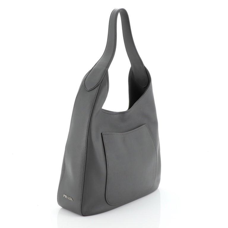 Prada Pocket Hobo Cervo Leather Medium In Good Condition For Sale In New York, NY