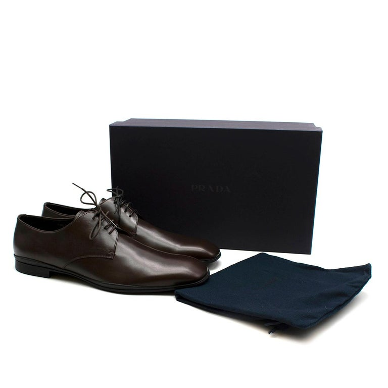 Prada Polished Dark Brown Leather Lace up Shoes - Us size 9.5 For Sale 5