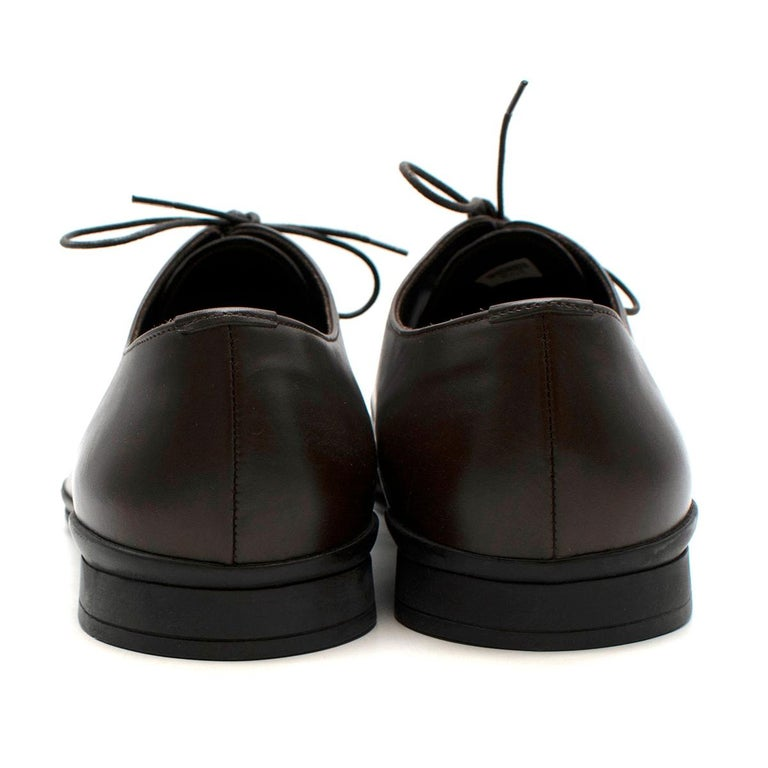 Prada Polished Dark Brown Leather Lace up Shoes - Us size 9.5 In Excellent Condition For Sale In London, GB