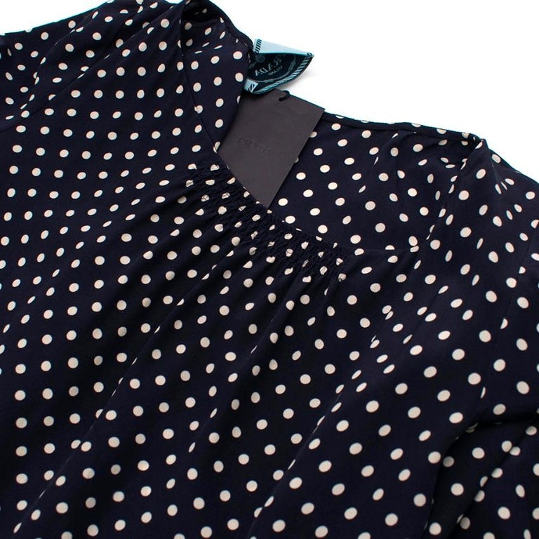 Prada Polka Dot Navy Silk Swing Dress XL 41 In New Condition For Sale In London, GB
