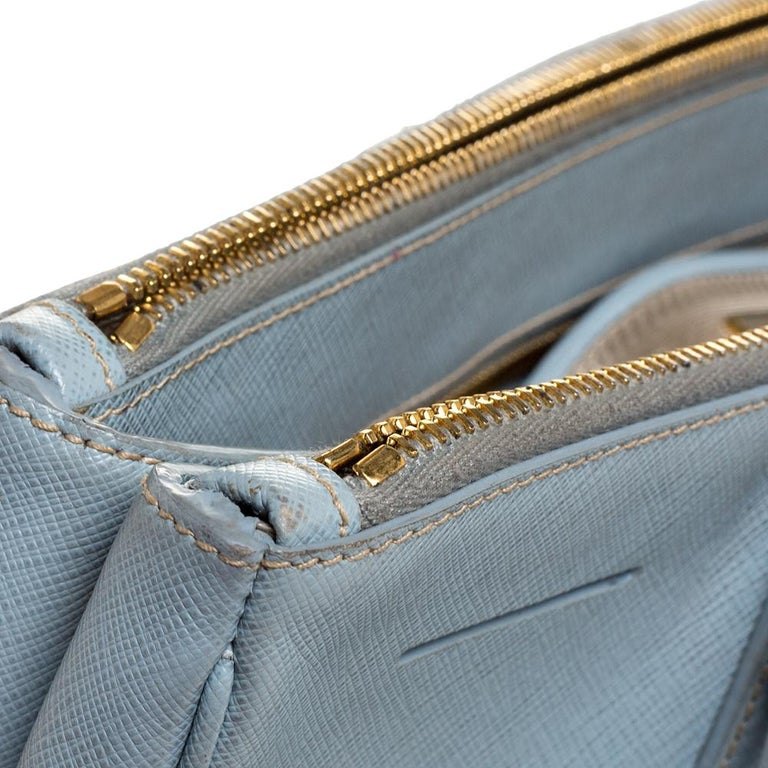 Prada Powder Blue Saffiano Lux Leather Large Double Zip Tote For Sale 4