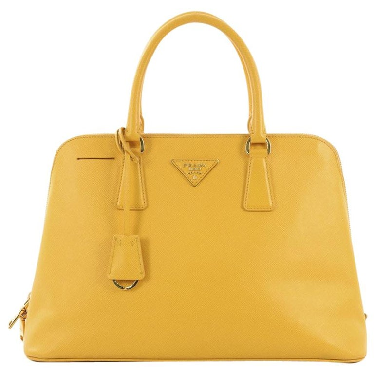 bd37ca5ef638 Prada Promenade Bag Saffiano Leather Large For Sale at 1stdibs