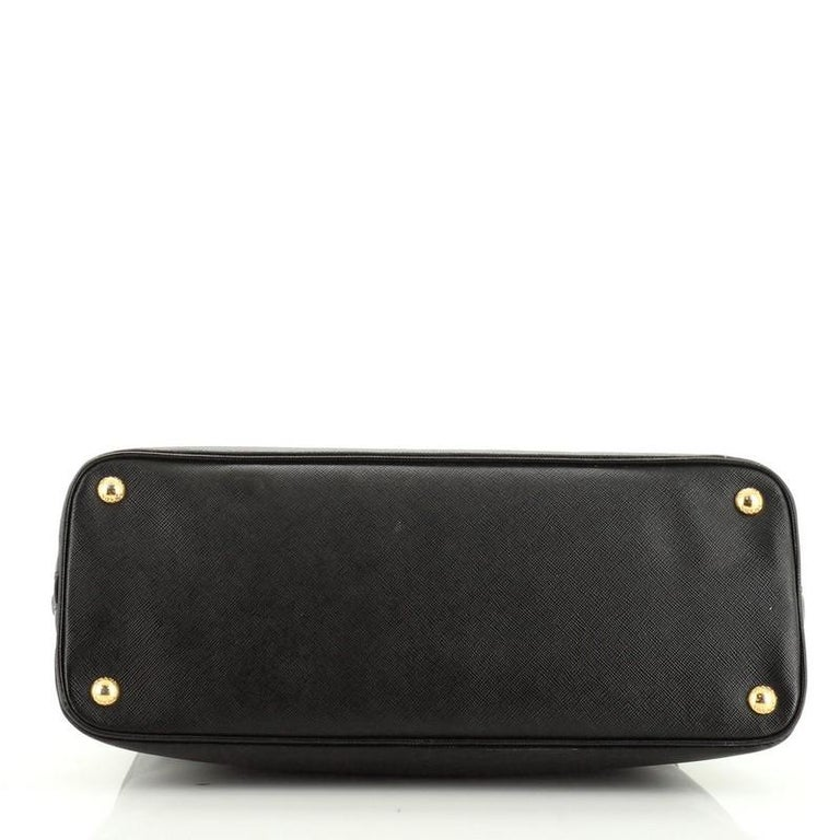 Women's or Men's Prada Promenade Bag Saffiano Leather Medium For Sale