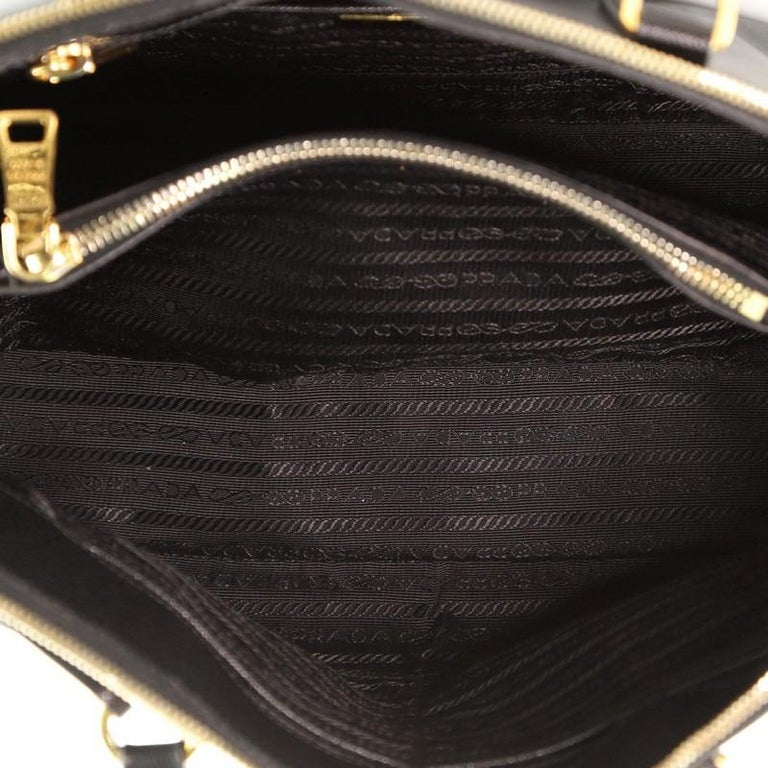 Prada Promenade Bag Saffiano Leather Medium For Sale 1