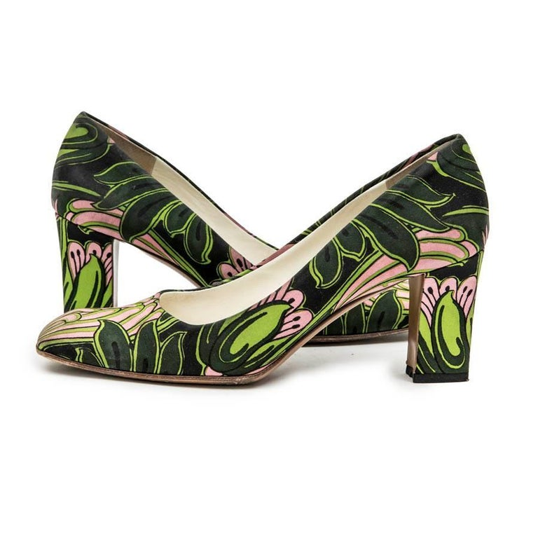 Women's PRADA Pumps with Green and Pink Prints and Square Toe Size 38.5FR For Sale