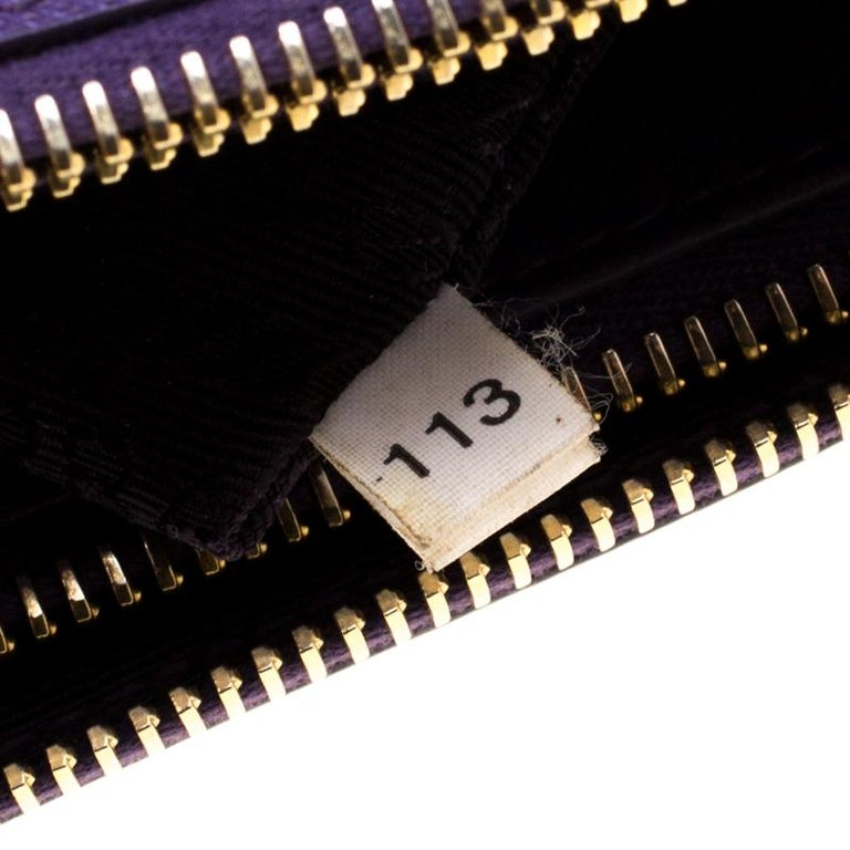 Prada Purple Saffiano Lux Leather Large Double Zip Tote In Good Condition In Dubai, Al Qouz 2