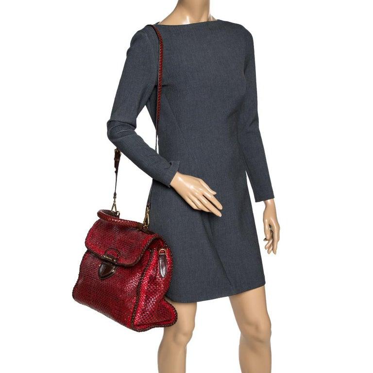 Prada Red/Brown Woven Leather Madras Top Handle Bag In Good Condition For Sale In Dubai, Al Qouz 2