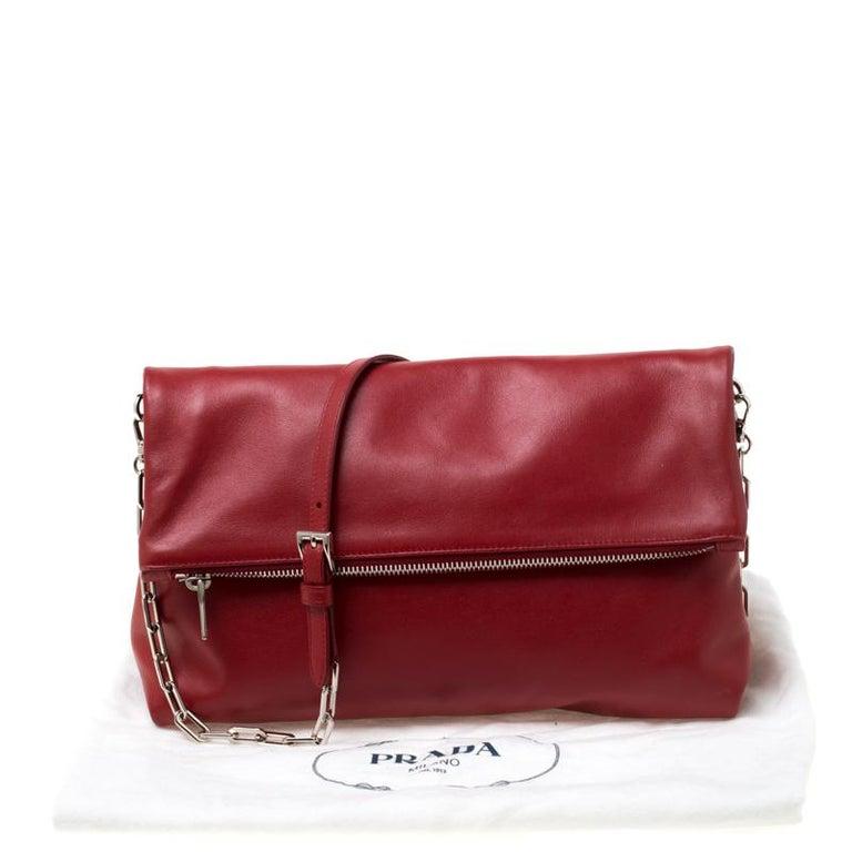 Prada Red Leather Folded Crossbody Bag For Sale 6