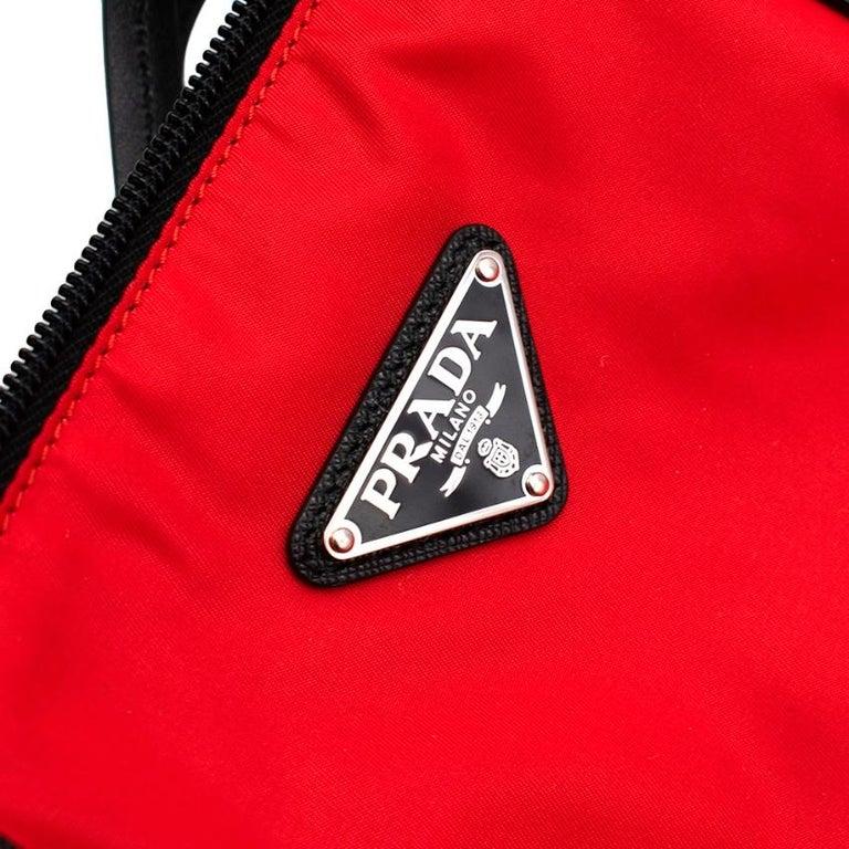 Prada Red Nylon & Saffiano Leather Tote Bag  For Sale 2