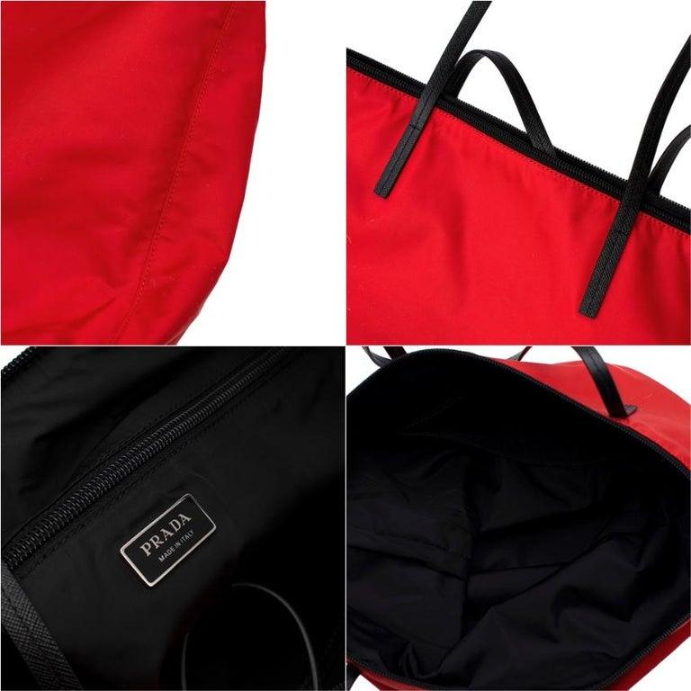 Prada Red Nylon & Saffiano Leather Tote Bag  For Sale 4