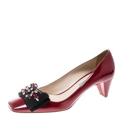 Prada Red Patent Leather Crystal Embellished Bow Detail Square Toe Pumps Size 39