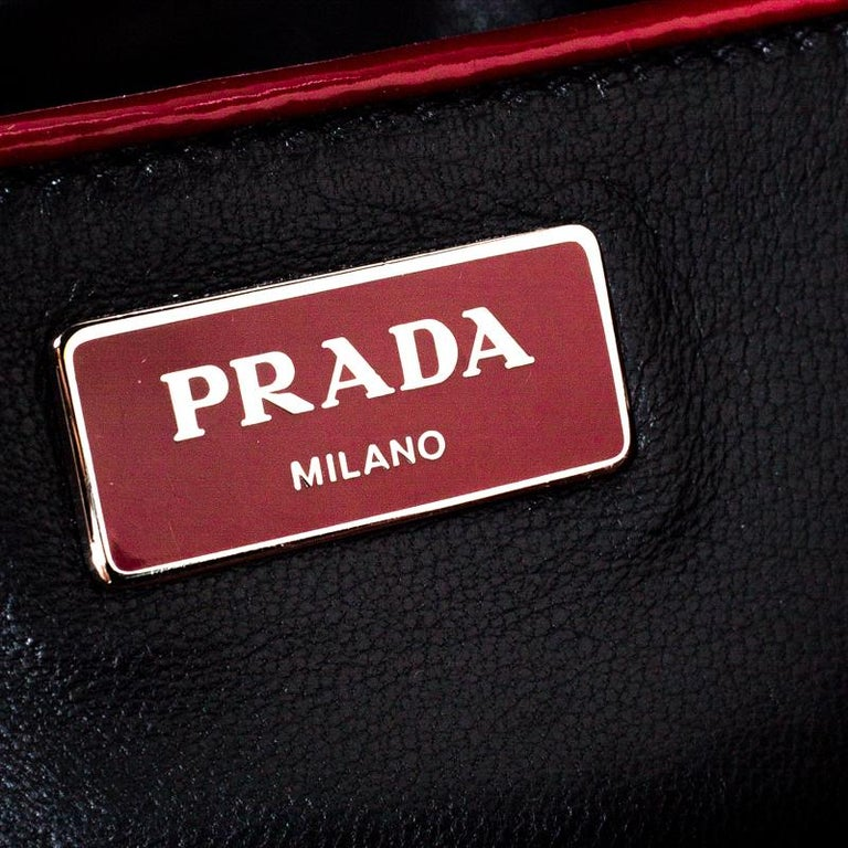 Prada Red Patent Leather Front Pocket Double Zip Lux Tote For Sale 2