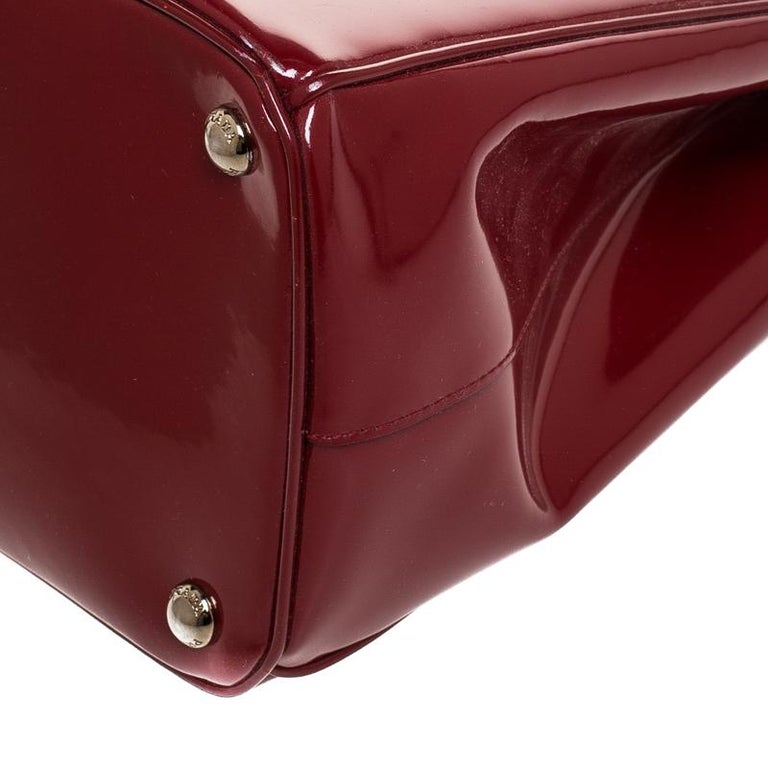 Prada Red Patent Leather Front Pocket Double Zip Lux Tote For Sale 4