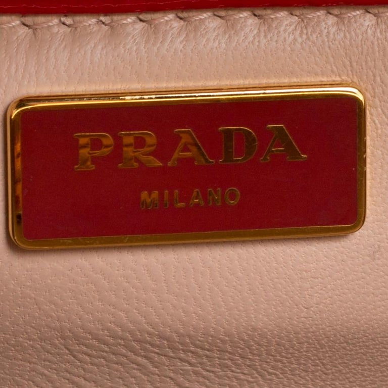 Prada Red Patent Leather Pyramid Frame Top Handle Bag For Sale 2