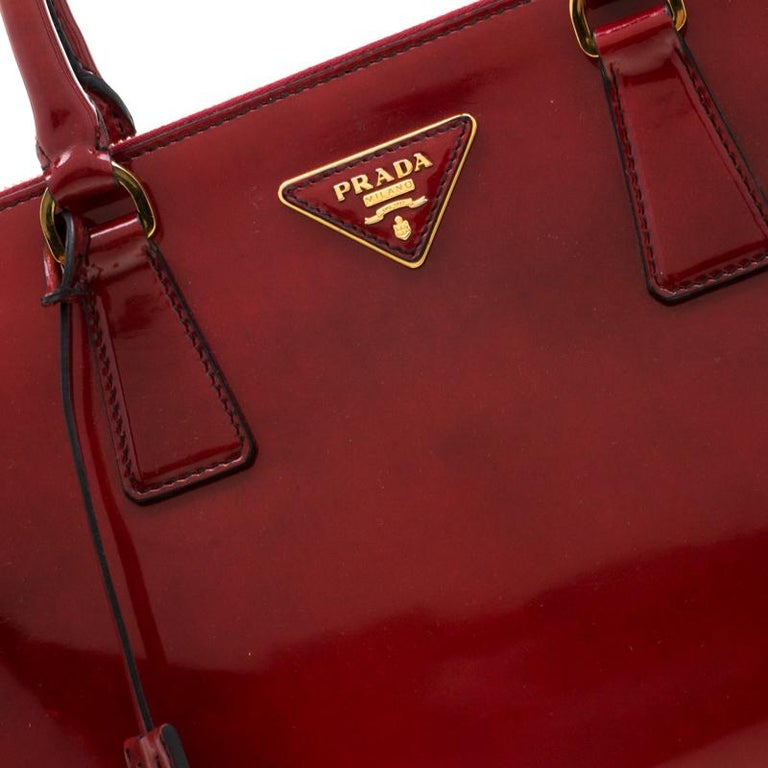 Prada Red Patent Spazzolato Leather Large Double Zip Tote For Sale 6