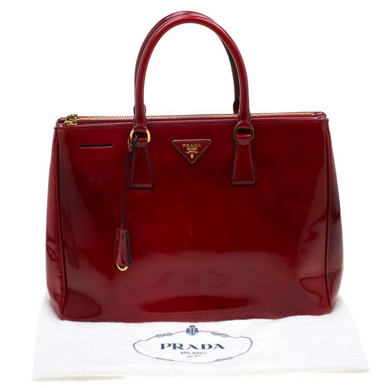 Prada Red Patent Spazzolato Leather Large Double Zip Tote For Sale 8