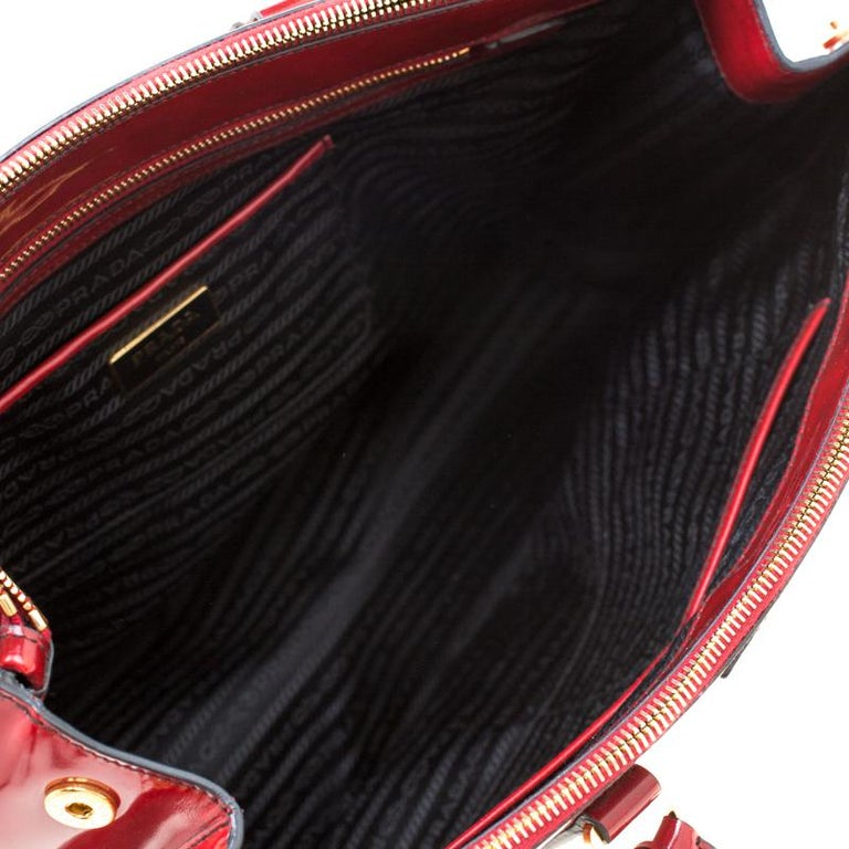 Prada Red Patent Spazzolato Leather Large Double Zip Tote For Sale 5