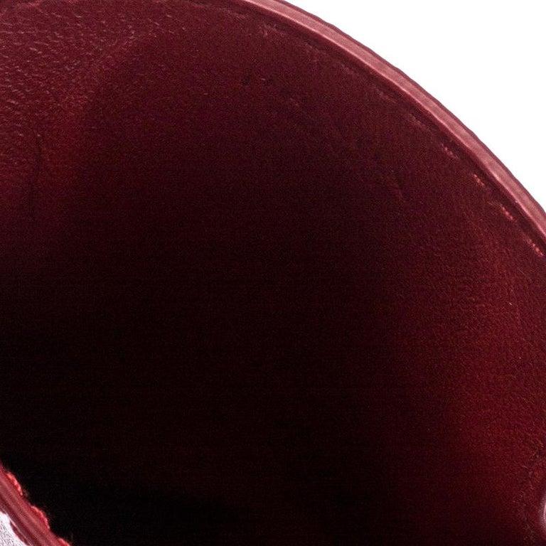 Prada Red Saffiano Leather iPhone Case In Good Condition For Sale In Dubai, Al Qouz 2