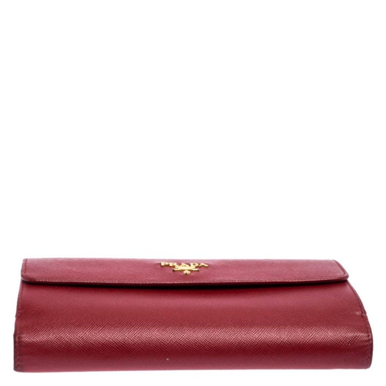 Women's Prada Red Saffiano Lux Leather Flap Continental Wallet For Sale