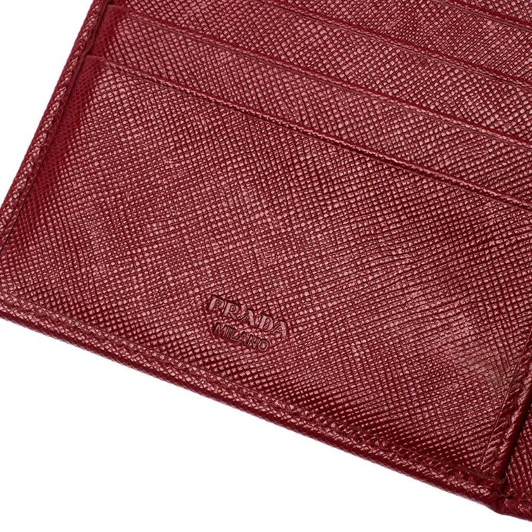 Prada Red Saffiano Lux Leather Flap Continental Wallet For Sale 1