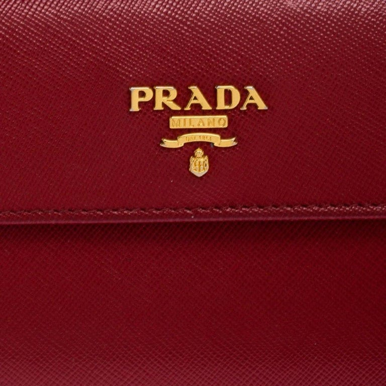 Prada Red Saffiano Lux Leather Flap Continental Wallet For Sale 4