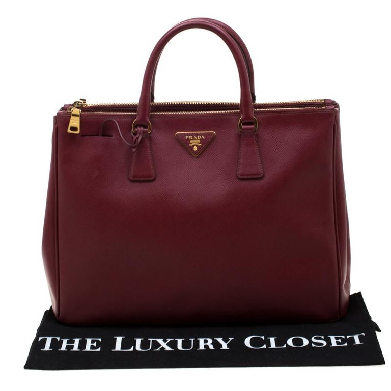 Prada Red Saffiano Lux Leather Large Double Zip Tote For Sale 9