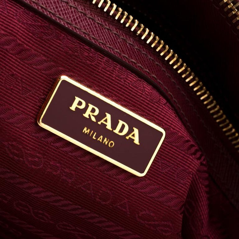 Prada Red Saffiano Lux Leather Large Double Zip Tote For Sale 4