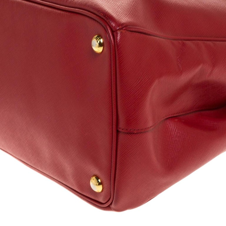 Prada Red Saffiano Lux Leather Large Double Zip Tote For Sale 5