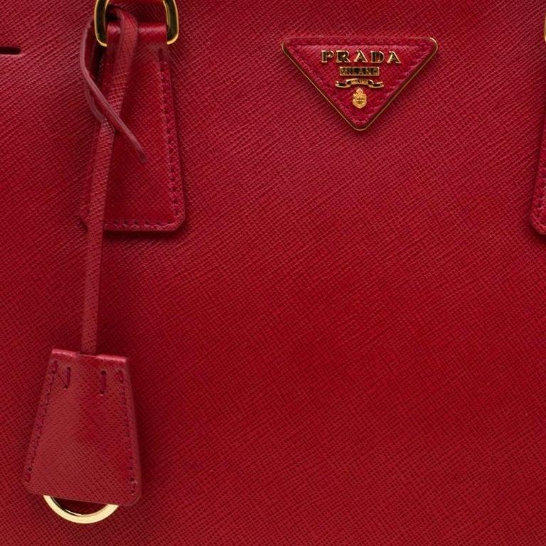 Prada Red Saffiano Lux Leather Medium Double Zip Tote For Sale 4