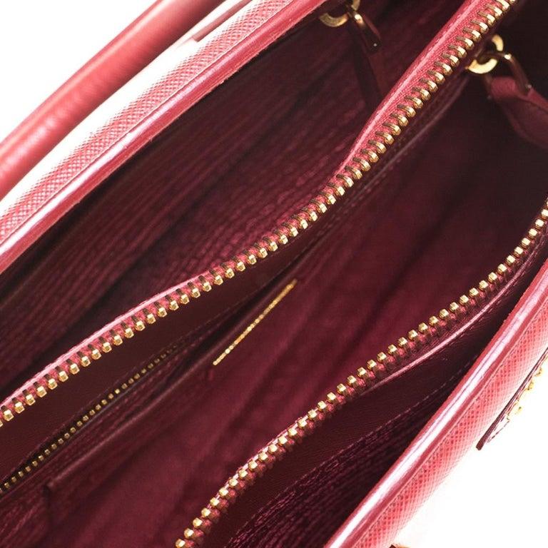 Prada Red Saffiano Lux Leather Parabole Tote Bag For Sale 7