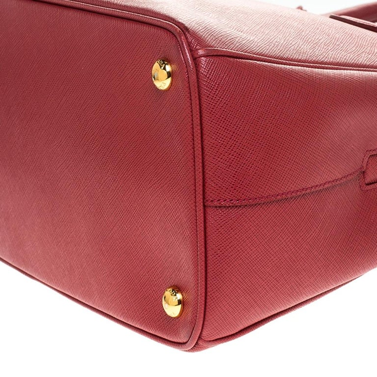 Prada Red Saffiano Lux Leather Parabole Tote Bag For Sale 3