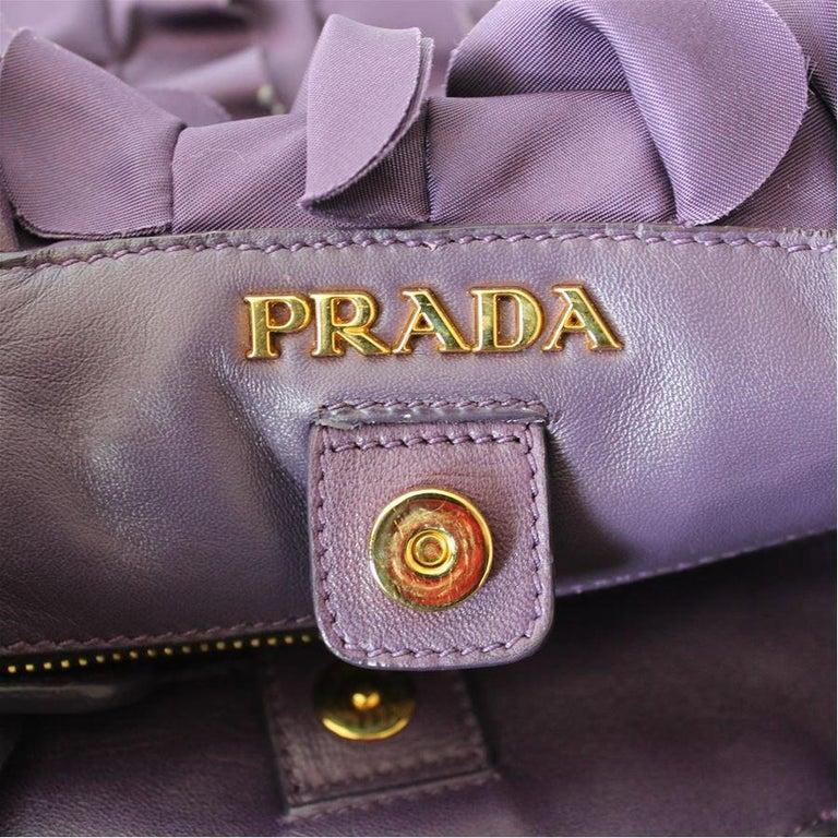 Prada Rouches Bag In Excellent Condition For Sale In Gazzaniga (BG), IT