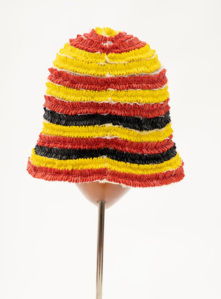 Prada Runway Bead Embroidered Cloche Hat, Spring 2005 In Good Condition For Sale In Cincinnati, OH