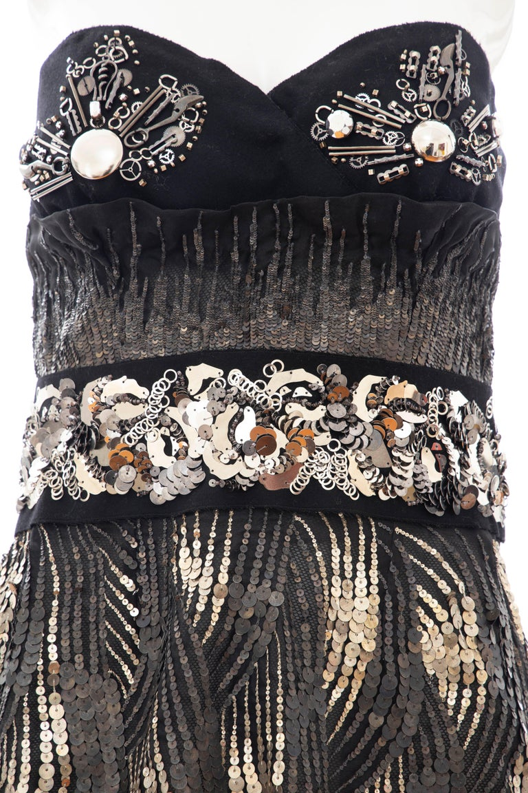 Prada Runway Black Strapless Embroidered Sequin Top, Fall 2006 In Excellent Condition For Sale In Cincinnati, OH