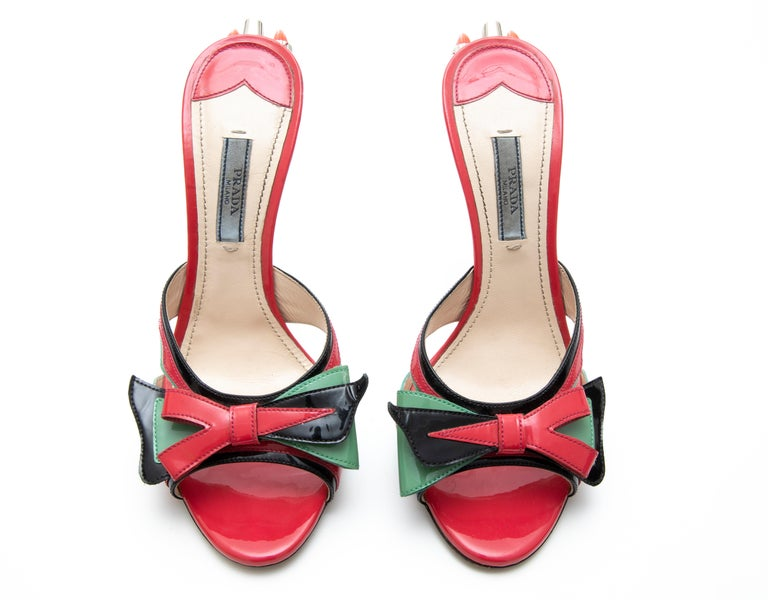 Prada Runway Patent Leather Tail Light Sandal, Spring 2012 For Sale 10