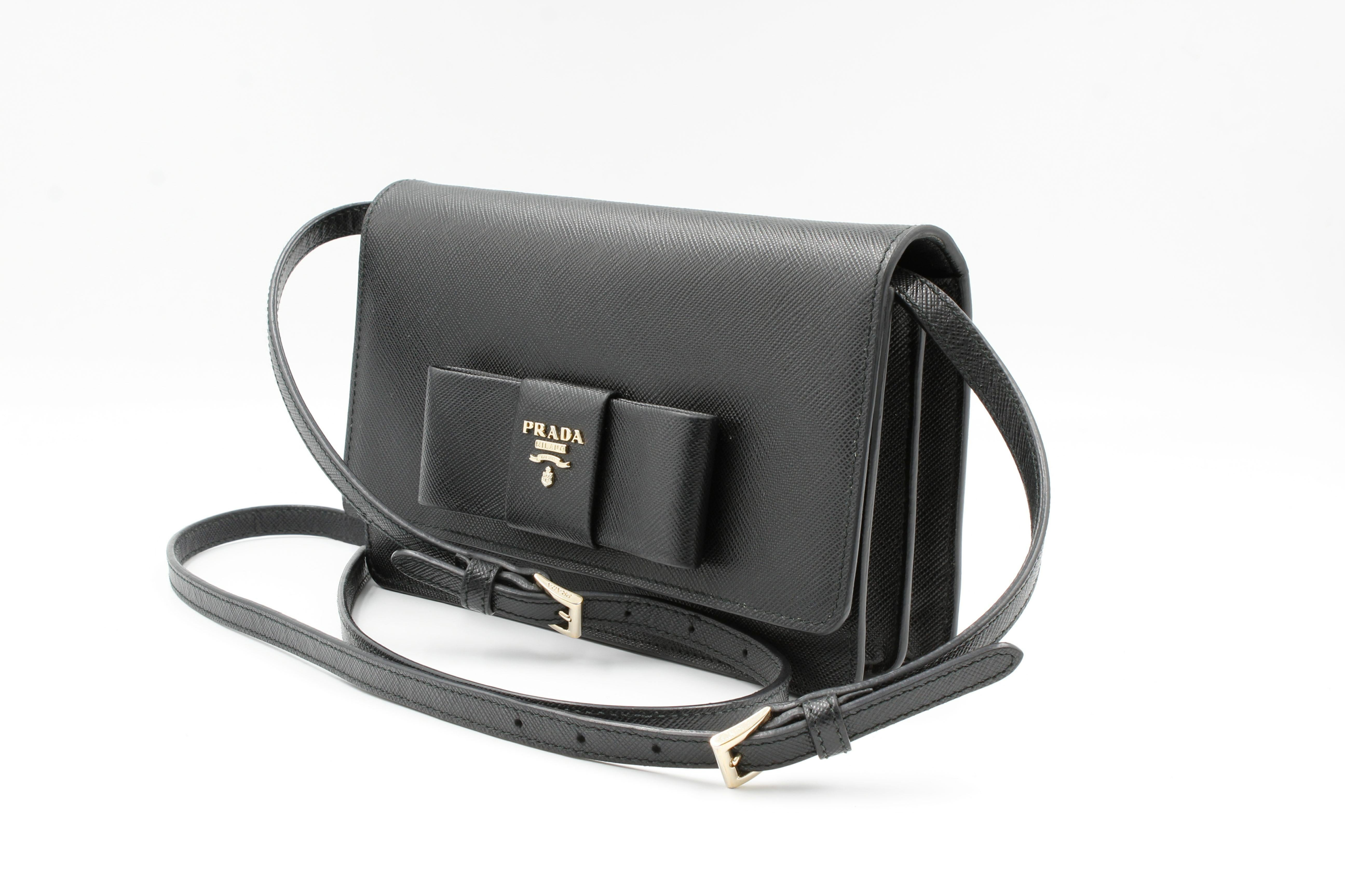 d0422820 Prada Saffiano Galleria Black Leather Cross body Ladies Bag 1BH009 F0002