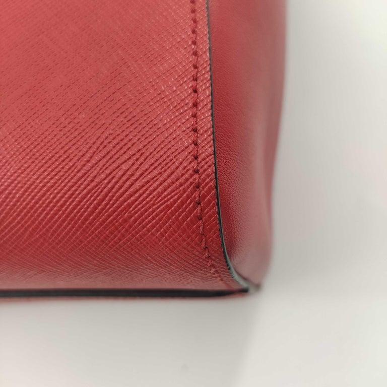 PRADA Saffiano Handbag in Red Leather For Sale 7