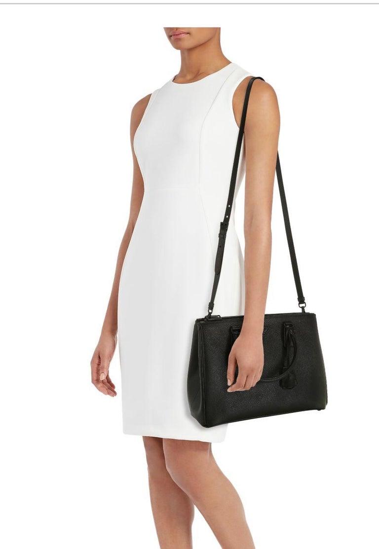 Prada Saffiano Medium Executive Tote Bag, Black (Nero), Double Zip Tote Bag  For Sale 4