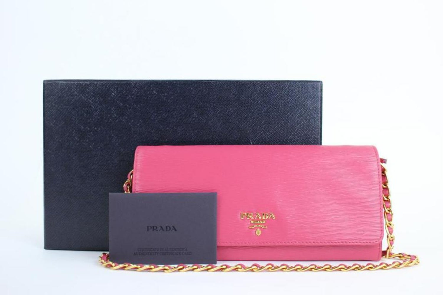 a5a7f7ee63ce Prada Saffiano Metal Wallet On Chain Clutch 4pt916 Pink Leather Cross Body  Bag For Sale at 1stdibs