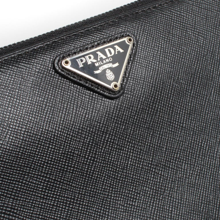 Women's PRADA Saffiano Zip Wallet For Sale