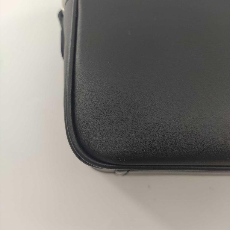 PRADA Shoulder bag in Black Leather For Sale 7